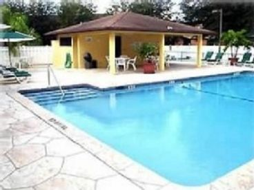 Bonita Springs - Beautifully Furnished