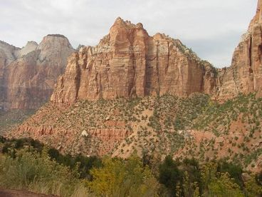Beautiful New Cabin - Located Between Zion & Bryce Nat'l Park