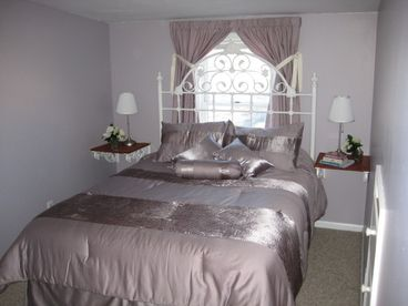 Lake Erie - 4 BR House by Cedar Point Sleeps up to14