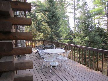 Chain Lake Log Lodge