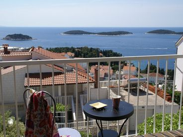 Hvar-Cosy Double Bedrooms with Fantastic View on the Islands