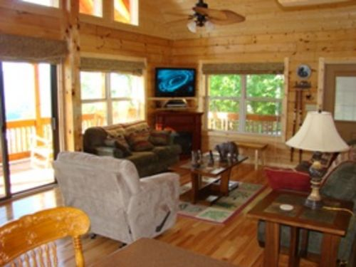 Wind Song Cabin - Upscale Cabin, Minutes to Town, Mountain View, Wi-Fi