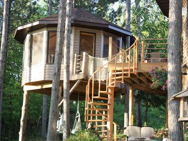 My Lake Home Guest House and Tree House