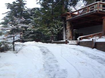 Lake View Romantic & Relaxing Cabin Getaway