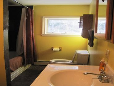 Spacious 2 Bedroom near Sugarloaf with Snowmobile Trail Access