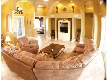 DIRECT GULF  ACCESS Luxury 4 bedroom+1 Den, 3 bath pool/SPA Home,S.SW Cape Coral