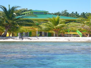 Pineapple House-Winner 2012 Top Vacation Rental Utila on Trip Advisor