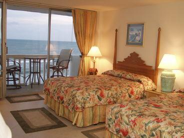 Direct Oceanfront Condo Panoramic View 2 Bedrooms