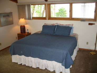 Sunset Cove Estate Vacation Rental - Green Lake, WI