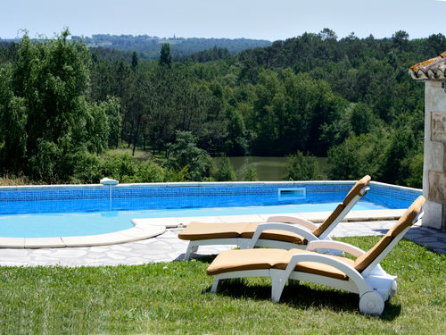 Manoir for 10 with private pool, France