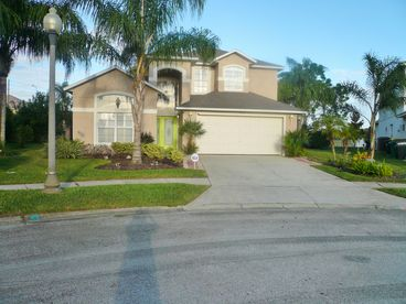 Gigantic 40ft  Pool/ Spa CLOSE to Disney, 6 BR 4 Bath 3 ensuite masters