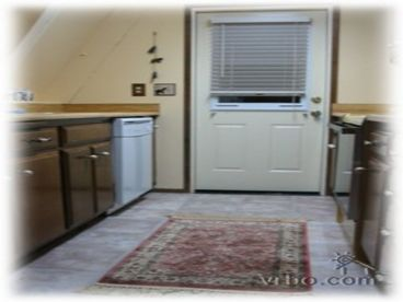 Heavenly Valley Cabin-5B-2Bath-Spacious-Pool Table,Hot Tub