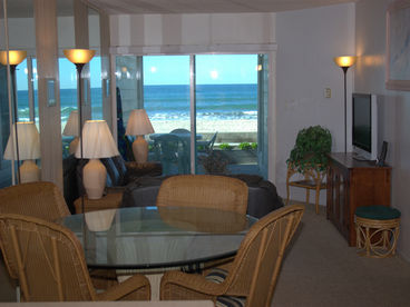 Oceanfront Mission Beach Vacation Rental