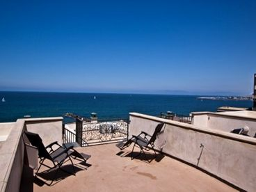 Redondo Beach, CA; One House from The Beach.. weekly special $5000