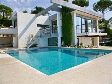 Top Luxury Villa in Cannes direct at Sea