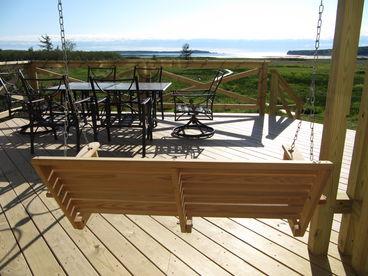 Lubec Bay Cottage -Ocean, Balcony, Deck, Fire Pit