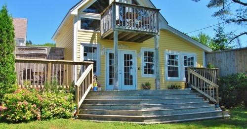 Larinda`s Landing Oceanfront Cottages