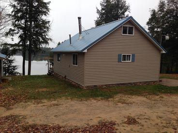 16 Lake Lodge
