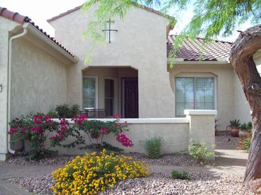 Arizona Golf Course Home - Quality Throughout