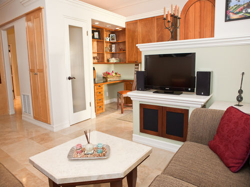 Relaxing Getaway for Two in Seaside Carlsbad Village