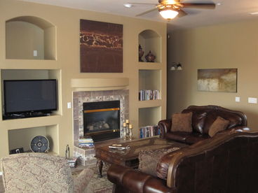 Beautiful Gold Canyon Home, Premier Lot, Amazing Mountain and Golf Course Views