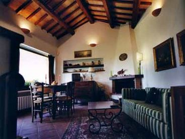 Charming Villa with Pool, Spoleto Accommodation