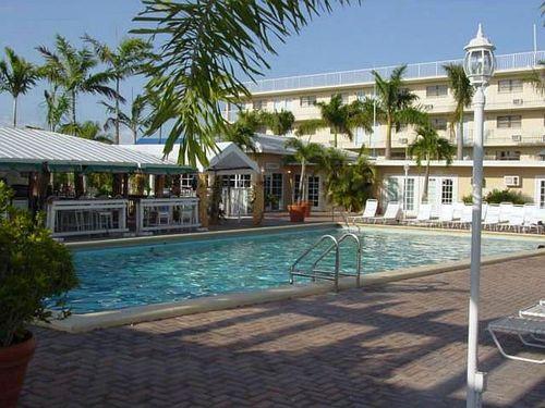 Sombero Resort