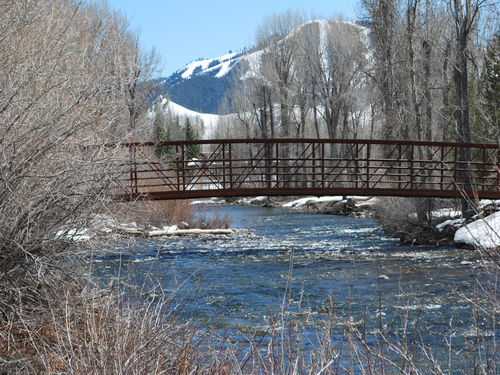 River Rock, Sun Valley, Idaho-Luxurious home on River-Sleeps 12