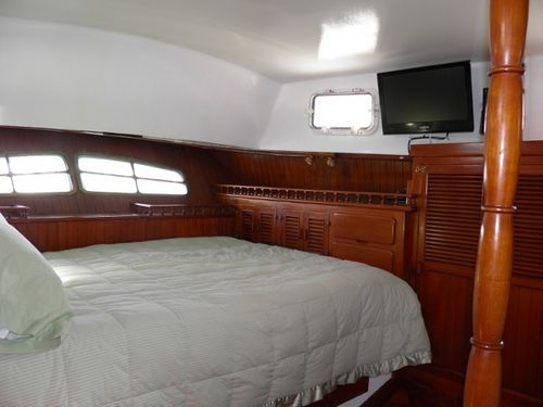 BOAT BED  AND BREAKFAST - SLIPAWAY