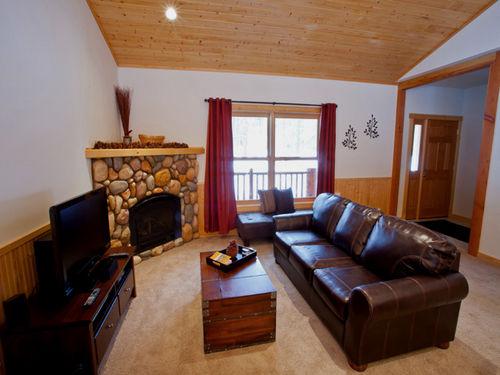 New Mazama , Winthrop � Liberty Woodlands Cabin