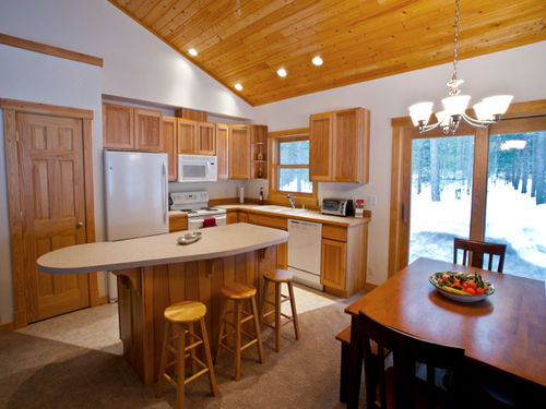 New Mazama , Winthrop � Liberty Woodlands Cabin