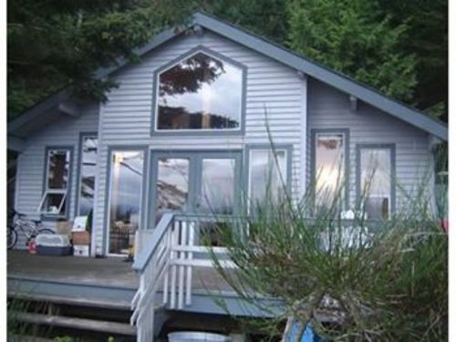 View Savary Island Waterfront Cottage