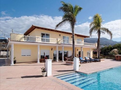 6 bedroom villa in Tenerife