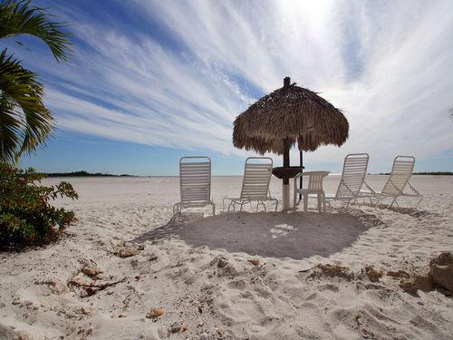 View Castle Beach 101