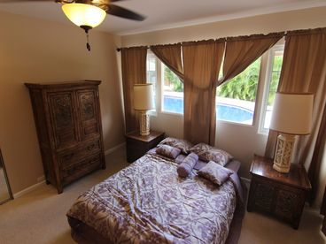 Portlock, 4 Bedroom Pool House