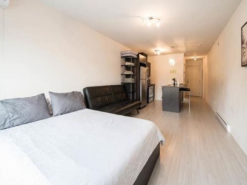 Sherbrooke Street West in NDG near Montreal West furnished studio vacation renta