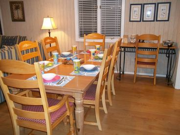 Awesome 3 BR Cottage only 300 Yards to Beach...