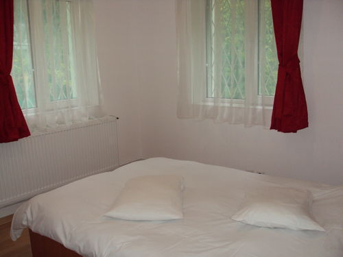 Apartment Luxor Busteni next to Dracula Castle and Brasov city