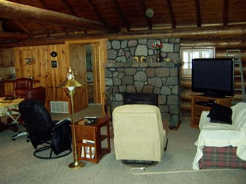 Maiden Lake Log Lodge
