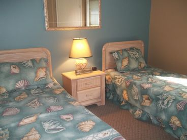 Blue Bell Cottage in Garden City Beach 2 BR