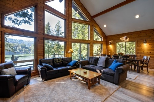Mt. Baker Lodging - Cabin #7 - LAKEFRONT, HOT TUB, BBQ, SLEEPS-10