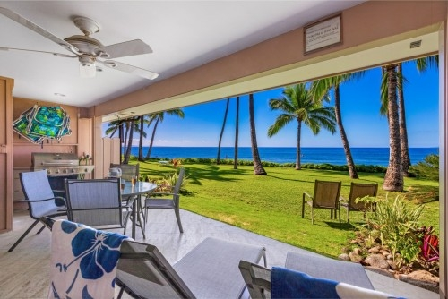 View Your big fat beach home at Maui