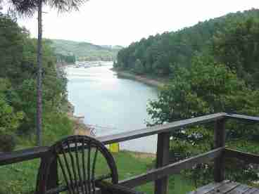 Norris Lake Front Cabin