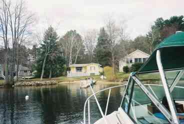 Lake Winnipesaukee Lakefront Cottage