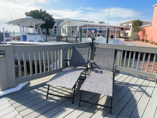 OCEAN & RIVER FRONT RESORT COMMUNITY 1019 NETTLES ISLAND$1500 Jensen Beach FPL