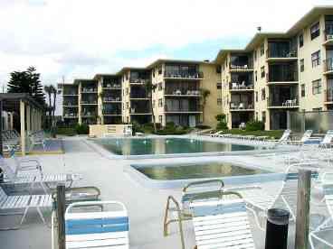 View Ocean Reef Villa  April Availability