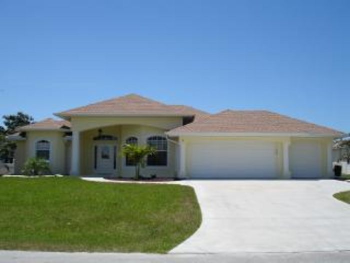 View STUNNING 5 STAR  FLORIDA GOLD HOME