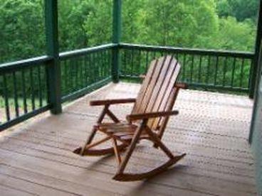 View Creekside luxury 66 cabin