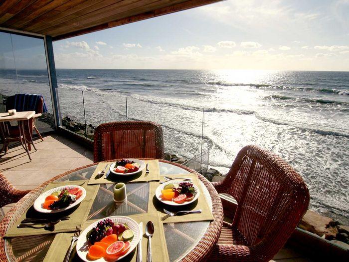 View P33710  Oceanside Beachfront