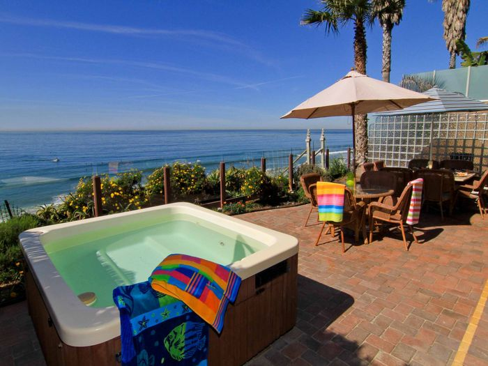 View E4801  Beautiful Oceanfront Masterpiece